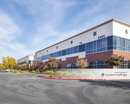 Vineyard Pointe Business Park - 2995 Foothills Blvd - Roseville