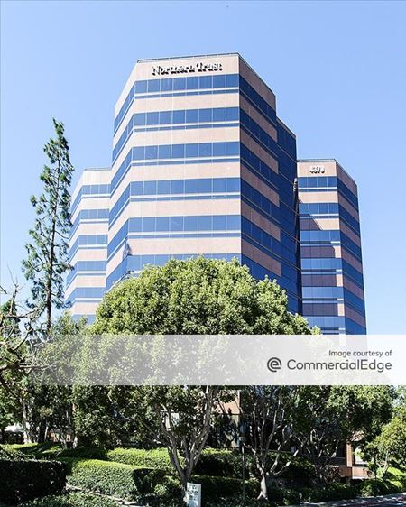 The Plaza - Northern Trust Tower - San Diego