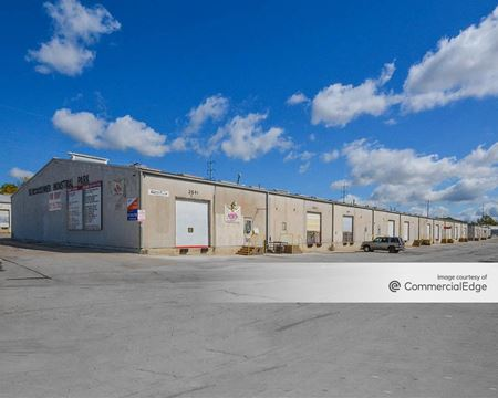 Beach-Conner Industrial Park - 2601-2669 Ludelle Street - Fort Worth
