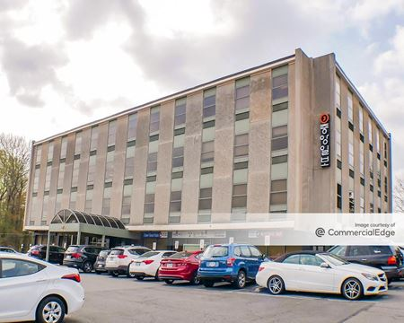 Annandale Professional Building - Annandale