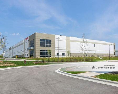 Pinnacle Business Center - 101 Paragon Drive - Romeoville