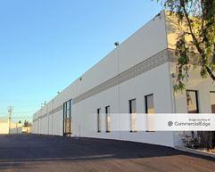 Cerritos Industrial Park - Buildings D4 & E1-E5 - Cerritos