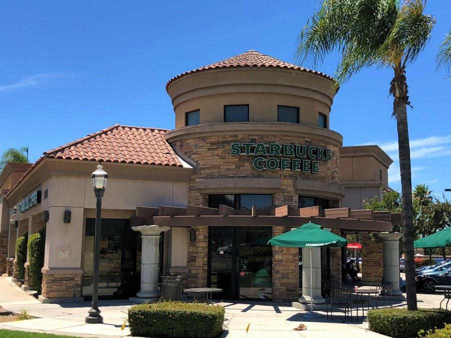 Towngate Plaza - Former Starbucks Endcap Space
