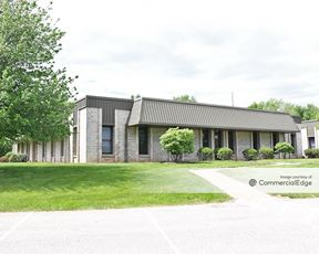Plymouth Woods Office Center