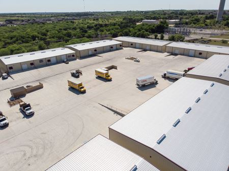Aggie Industrial Park - 3927 South IH 35 - New Braunfels