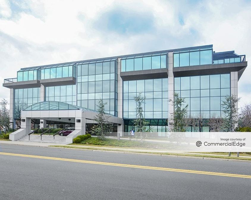Executive Plaza North