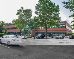 5301 & 5303 Chrysler Way - Upper Marlboro