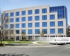 Olen Pointe Brea Office Park - Six Pointe Drive - Brea