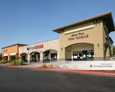 Lone Tree Plaza - Brentwood