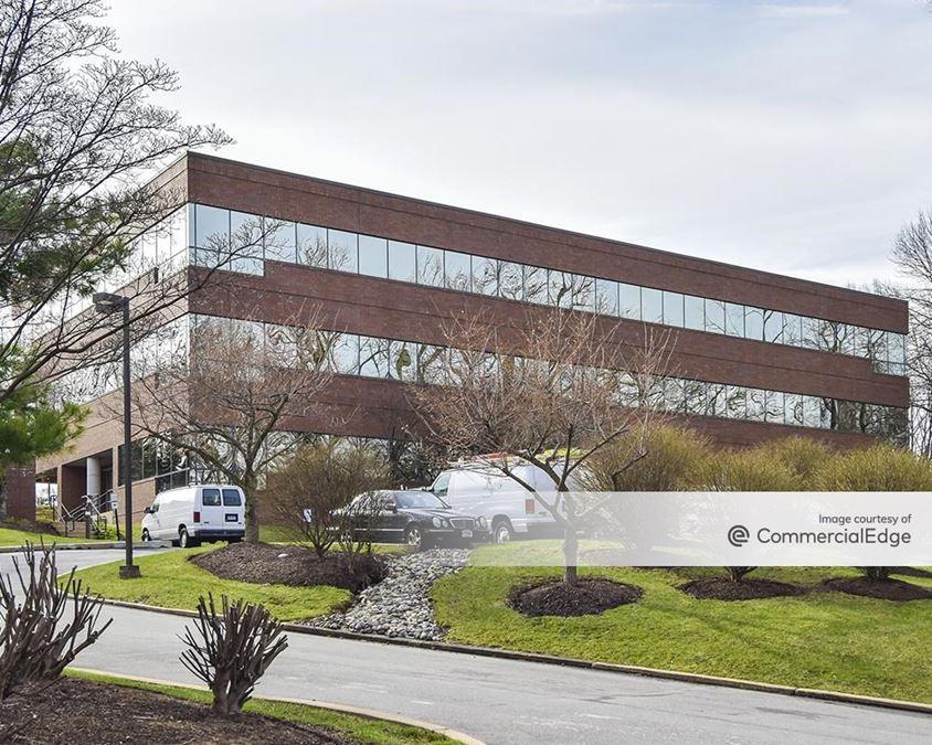One Glenloch Corporate Center