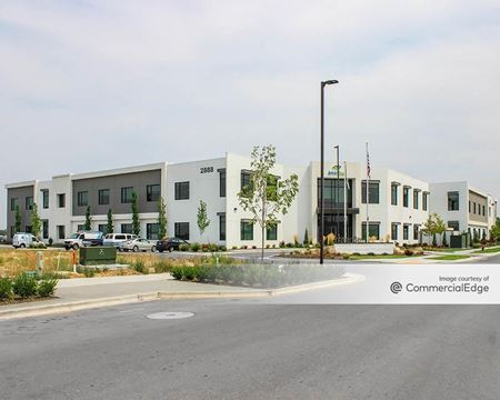 Ten Mile Crossing - AmeriBen Headquarters - Meridian