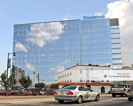 2 Riverfront Plaza - Newark