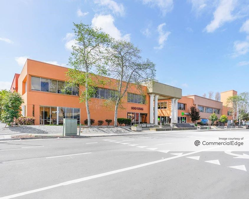 Bayview Plaza Shopping Center