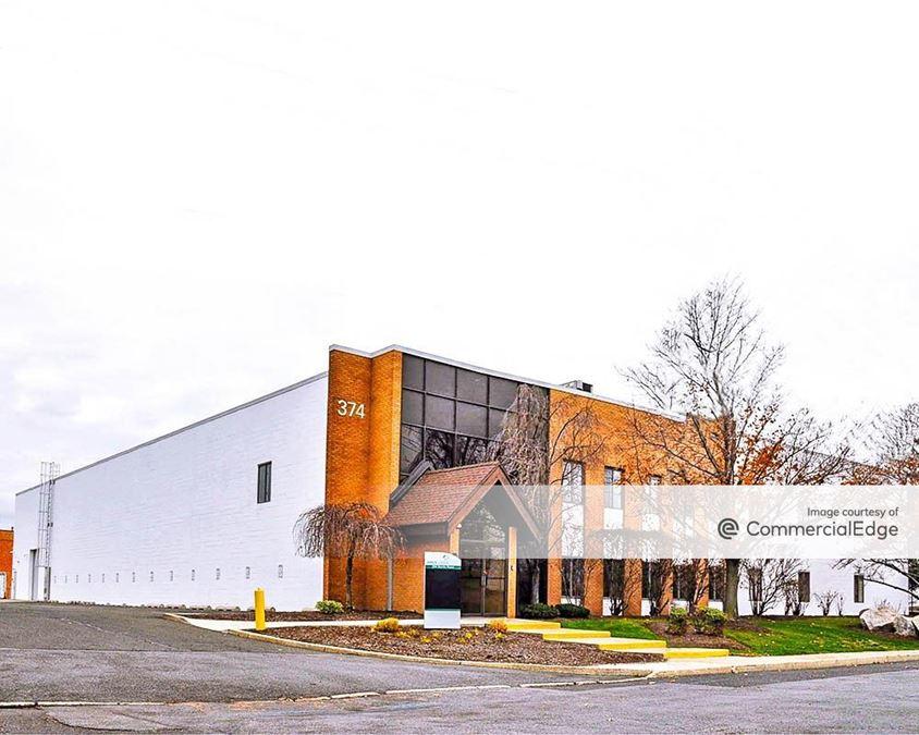 Meadowlands Distribution Center - 368-374 Starke Road