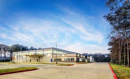 For Sale | ±71,250 SF Industrial Building on ±10.48 Acres - Conroe