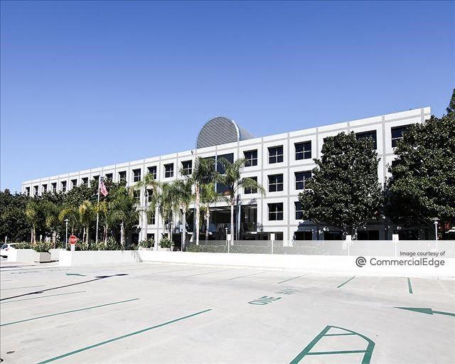 Nobel Corporate Plaza