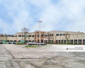 Darien Business Center - 7955 South Cass Avenue