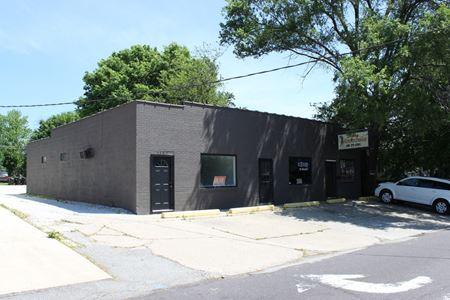 1301 - 1307 E. Frye Avenue & 2104-2110 Prospect Road - Peoria