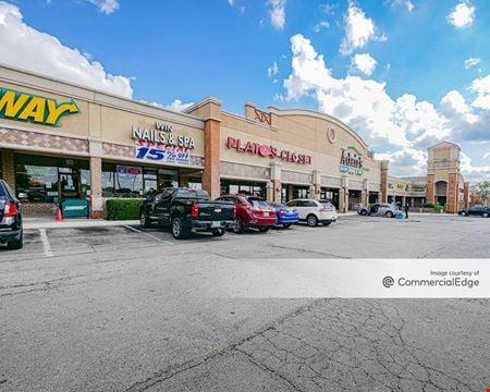 Town Creek Shopping Center - Dallas
