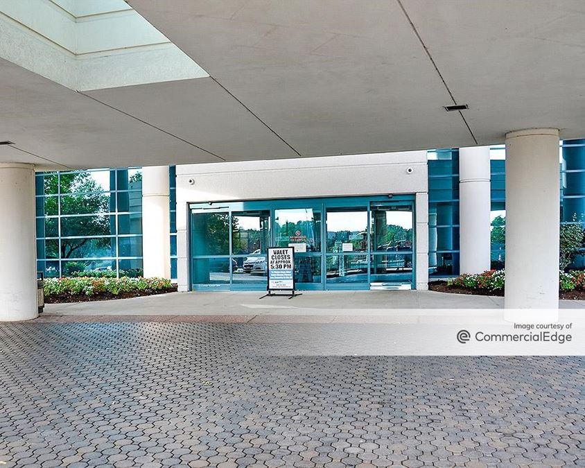 Summit Medical Office Building I