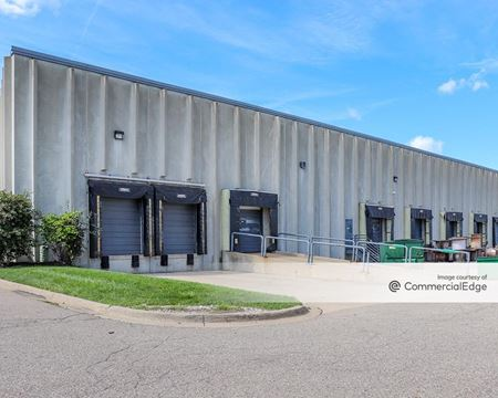 Schoolcraft Distribution Center - Livonia