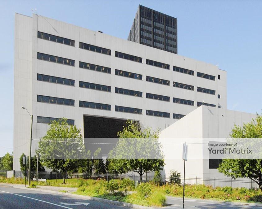 The Hartford North Plaza Building