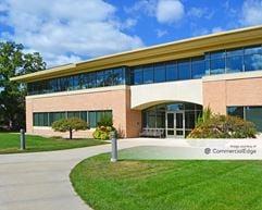 University Research Park - 2 Science Court - Madison