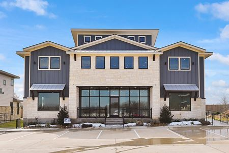 ± 5,000 SF   CityView Southwest   College Station, TX - College Station