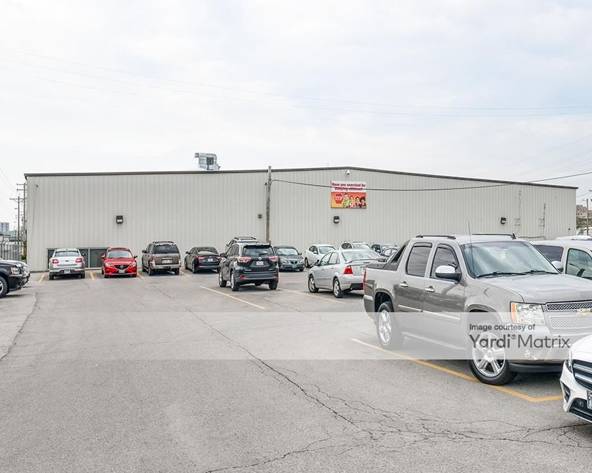 1200-1218 Central Industrial Drive