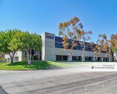 Freeway Business Center - 3901 Via Oro Avenue - Long Beach