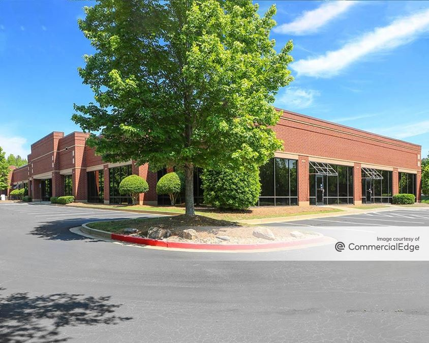 Meadows Corporate Campus - 6455 Shiloh Road
