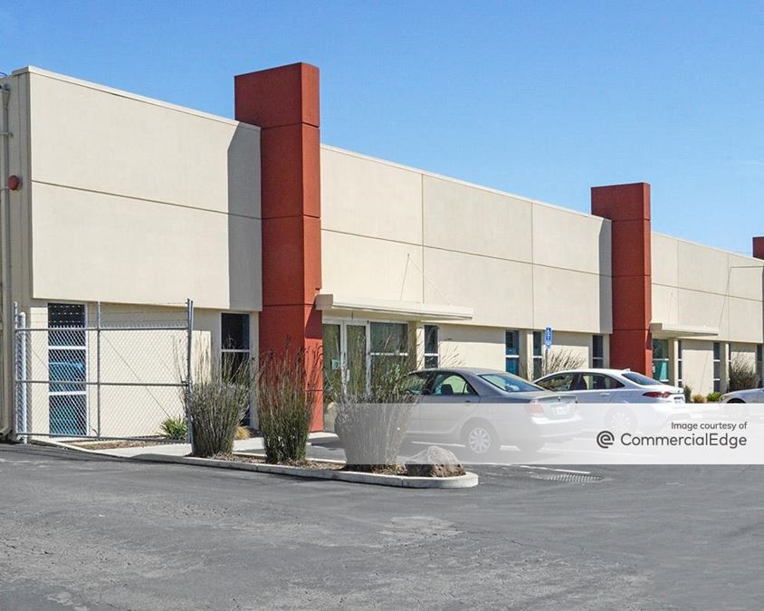 Menlo Business Park - 1135-1165 O'Brien Drive