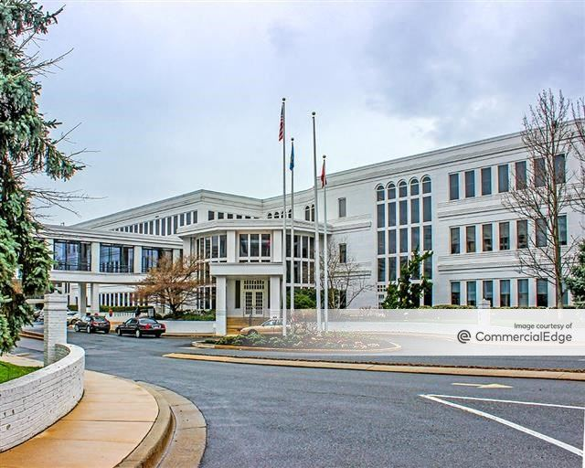Iron Hill Corporate Center - White Wing