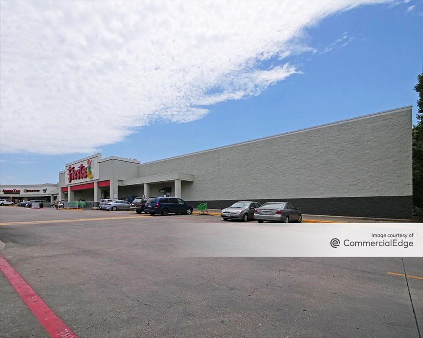Ross Henderson Shopping Center