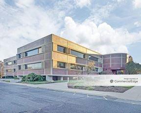 Sylvan Corporate Center 2 - 920 Sylvan Avenue