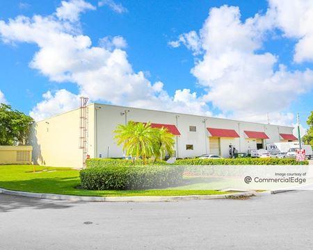 Lakeview Center - Buildings 3, 4, 5, 6 & 7 - Dania Beach