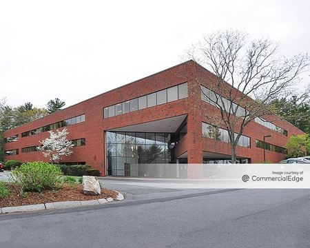 Lexington Crossing - 131 Hartwell Avenue - Lexington