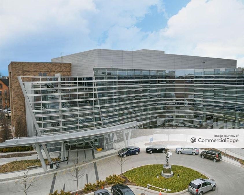 Advocate Illinois Masonic Medical Center - Center for Advanced Care