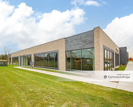 The Pointe at East Mequon Corporate Center - Building 1 - Mequon