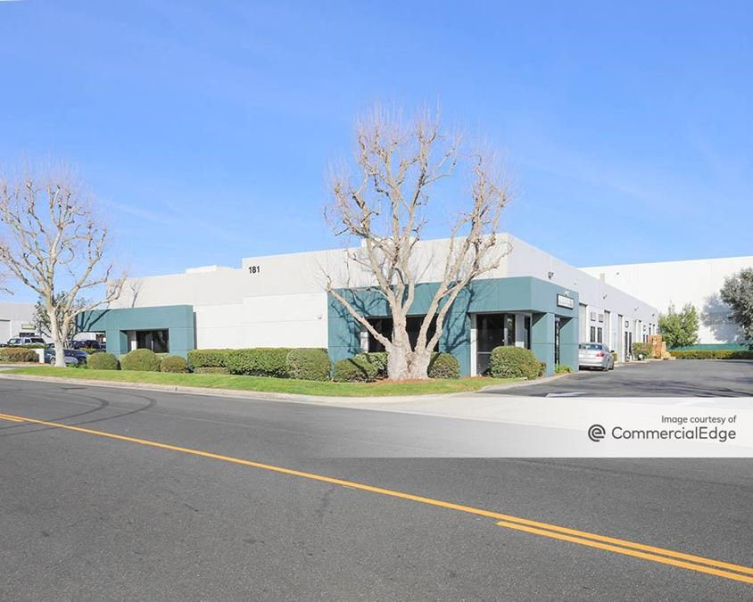 Airport Winevlle Business Park - 181 South Wineville Avenue