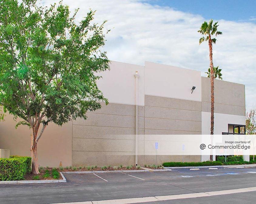 Archibald Business Center - Building 10