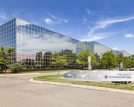 200 Galleria Officentre - Southfield