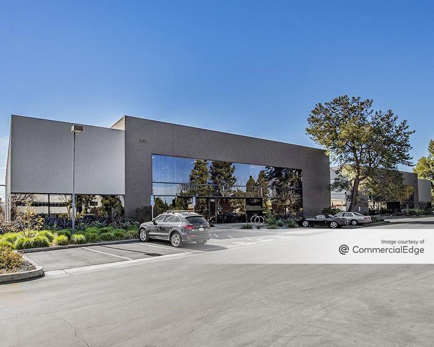 Menlo Business Park - Buildings 5, 6 & 7