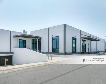 5005 McConnell Avenue - Los Angeles