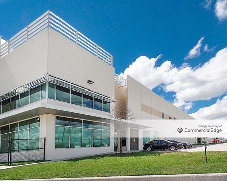 Pinto Business Park - 433 Plaza Verde Drive - Houston