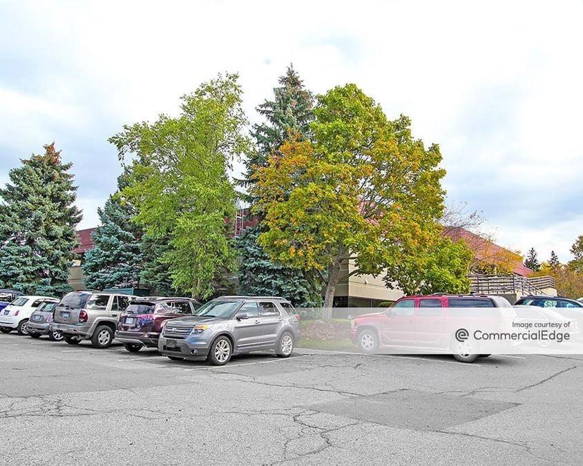 Cascade Office Park - 2610 Horizon Drive SE