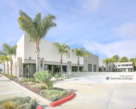 Coral Tree Commerce Center - Vista
