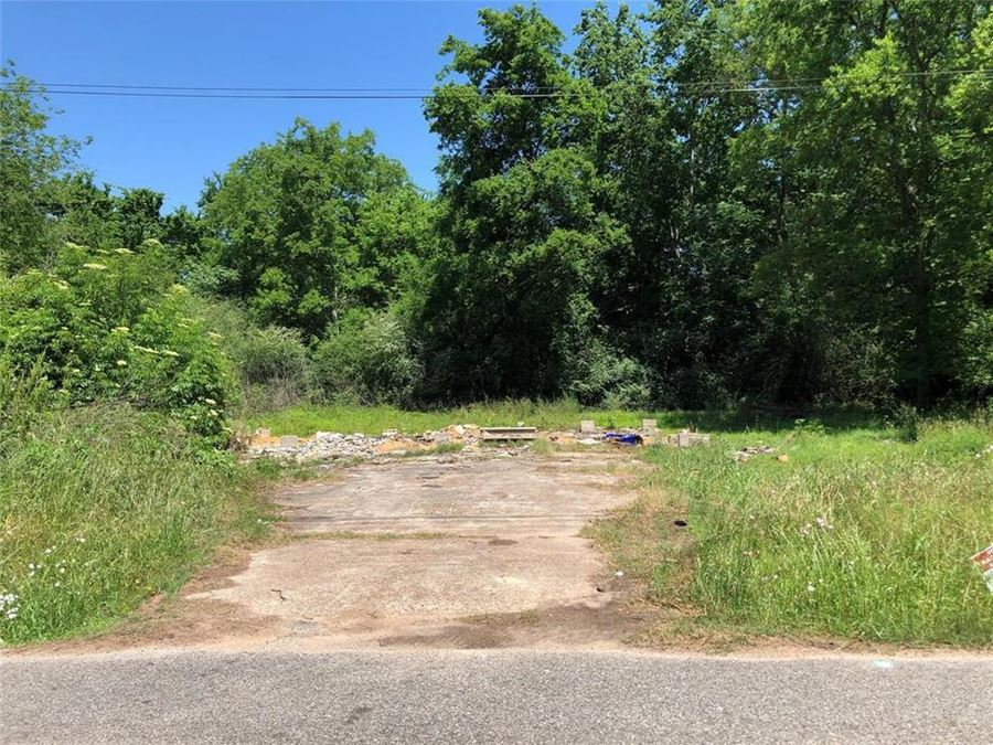 1.12 Acres of Land in Tomball