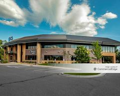 District Square Office Park - 628 Roosevelt Road - St. Cloud