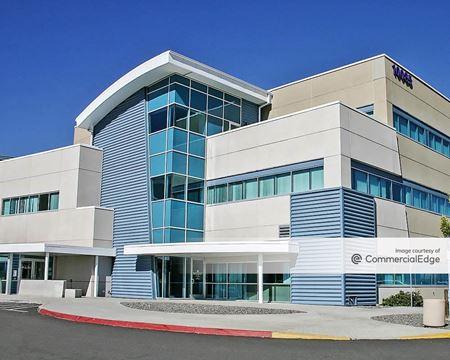 Medical Pavilion B Terrace at South Meadows - Reno